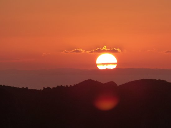 Great Barrier Island, Νέα Ζηλανδία: Sunset at Mt Heale Hut