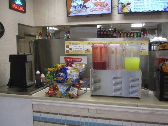 Blaine, MN: Beverage Station