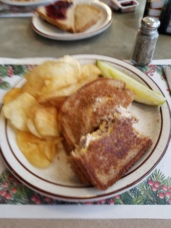 Amherst, NY: Tuna & Cheese melt & house made chips