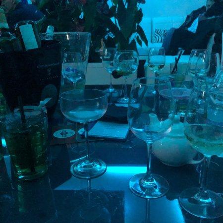 Deja-vu Lounge Bar