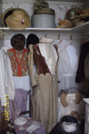 Rockcliffe Mansion: Old clothes hanging in the closet!