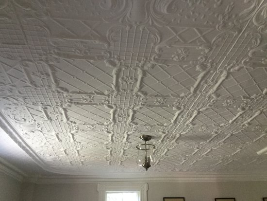 Round Pond, ME: Original pressed tin ceilings