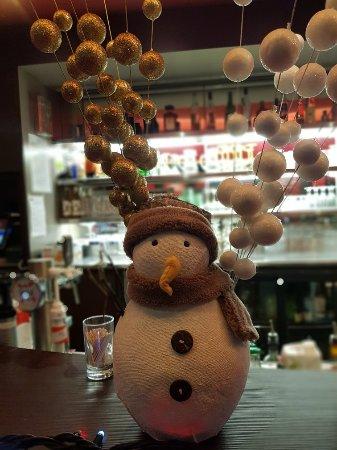 Roques, France: Bar brrrrr.
