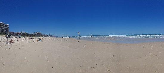 Nobbys Beach: 20171215_112329_large.jpg