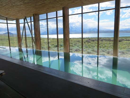 Tierra Patagonia Hotel & Spa: Pool was a bit too warm for serious swimming, but a lovely place to relax
