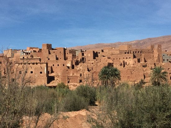 Sun Trails Boutique Morocco Private Tours: between the desert and Skoura