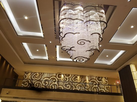 Baiyun International Convention Center: 20171030_200142_large.jpg