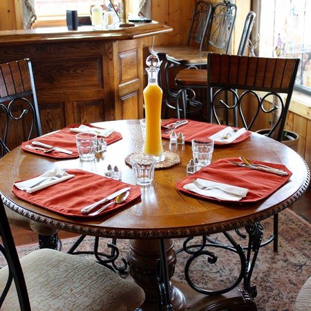Elkwood Manor Bed & Breakfast: photo1.jpg