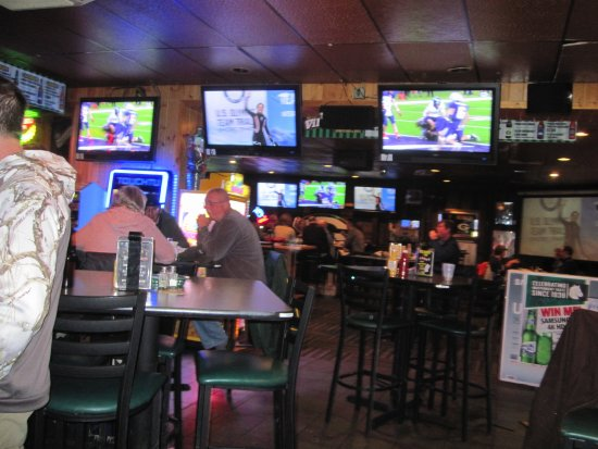 Hudson, Ουισκόνσιν: Lots of TV's
