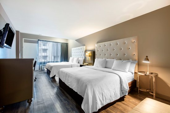 Hotel Frederica: Two double beds