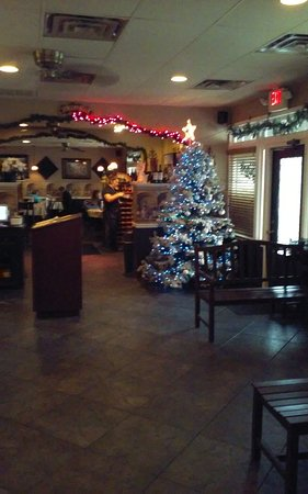 Round Rock, Teksas: Main Lobby, decorated for the Christmas Holiday
