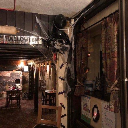 Pluckley, UK: The Black Horse Restaurant