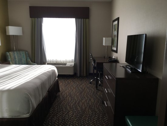 Spruce Grove, Canada: Bedroom suite part of the room, with its very own television.