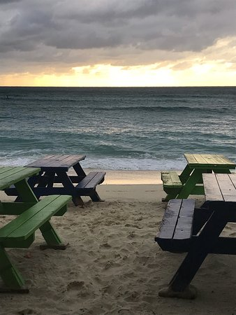 Calico Jack's Bar & Grill, Seven Mile Beach - Restaurant ...