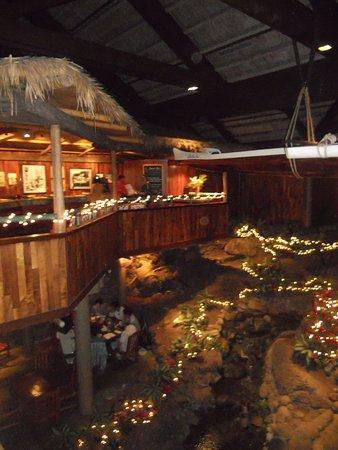 Duke's Kauai: upstairs and downstairs dining levels