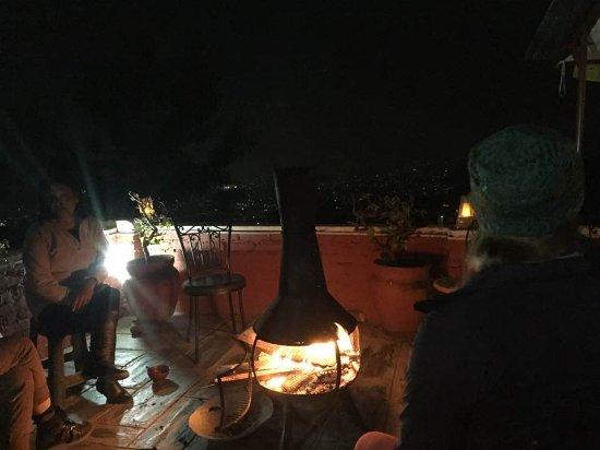 Shivapuri Heights Cottage: Patio and popcorn before dinner
