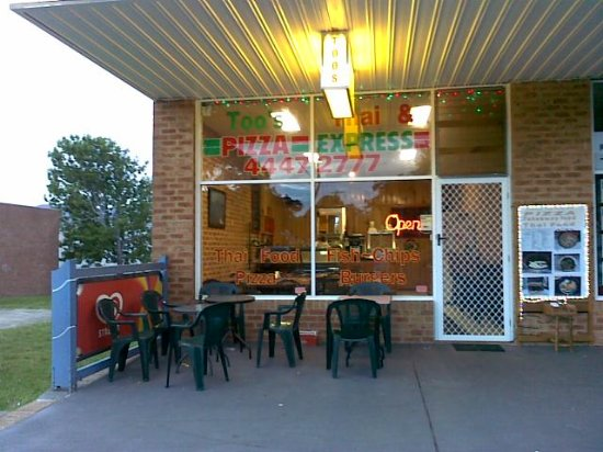 Culburra Beach, Avustralya: Too's Thai And Pizza Express