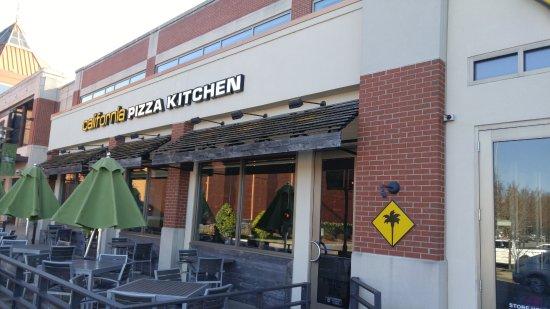 California Pizza Kitchen Louisville Ky