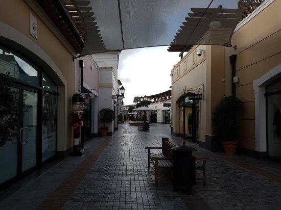 Spata, Grecia: 20171216_104255_large.jpg