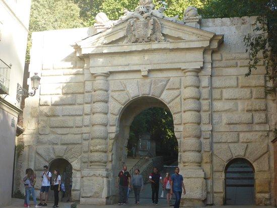 Puerta De Las Granadas Kuva The Alhambra Granada