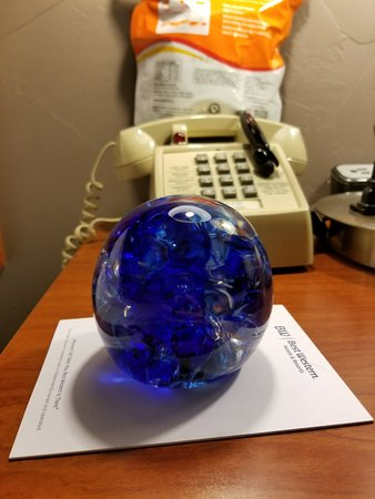 Grants Pass, Oregón: The paperweight I made. I love it!