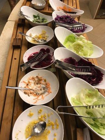 Lhaviyani Atoll: Salatbuffet nach nicht mal einer Stunde