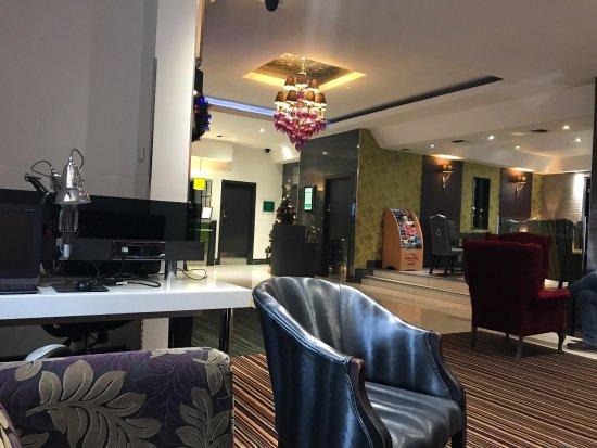 Holiday Inn Oxford Circus: photo0.jpg