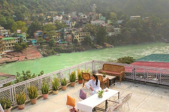 Hotel Ishan- A Riverside Retreat