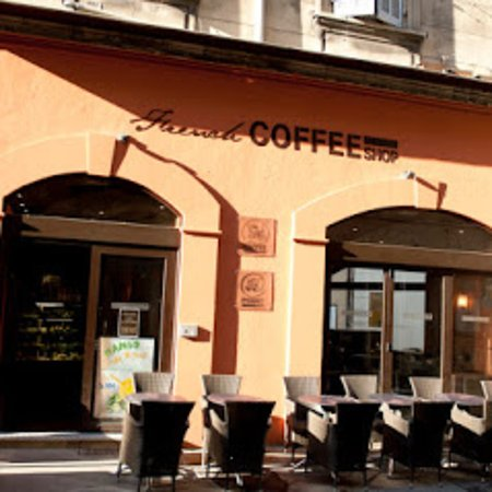 exterieur picture of french coffee shop arles tripadvisor