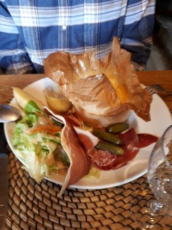 Le Petit Tetras Restaurant