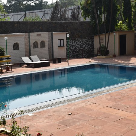 Zara 39 s resort updated 2018 prices hotel reviews khandala india tripadvisor for Resorts in khandala with swimming pool