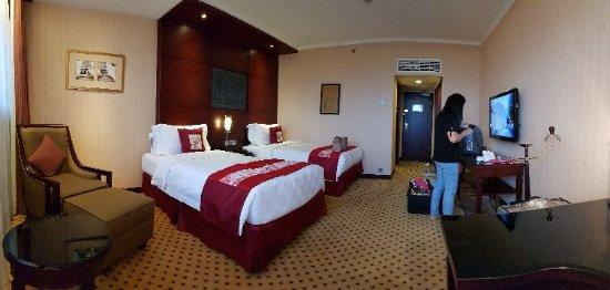 Hotel Borobudur Jakarta: 20171111_164709_large.jpg