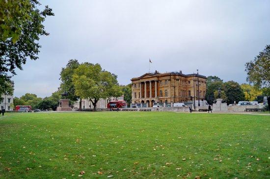 Hyde Park Corner - Picture of Hyde Park Corner, London - TripAdvisor
