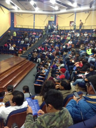 Atuntaqui, Ecuador: Filling the seats