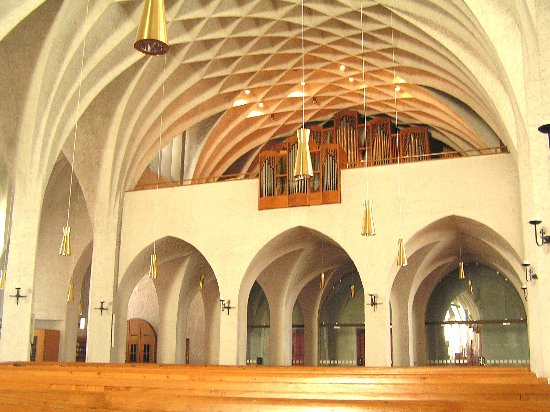 Ulm, Germany: Innenasicht zur Orgel