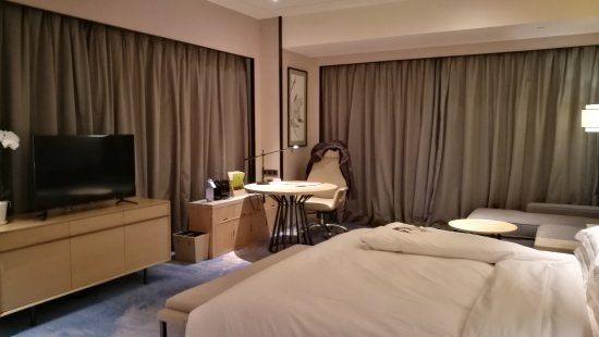 Deluxe Room - Doubletree By Hilton Hotel Shenzhen Longhua   Uc120 Uc804  Uc0ac Uc9c4