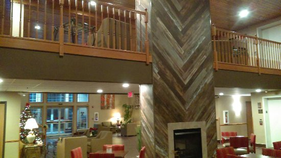 Comfort Suites Wisconsin Dells Area: IMAG0449_large.jpg
