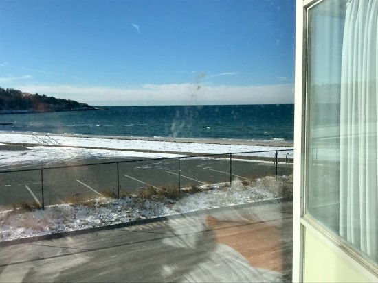 Sea Crest Beach Hotel: The view from 741.