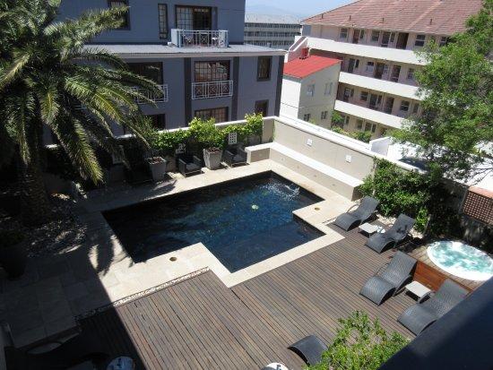 Derwent House Boutique Hotel: Pool Deck