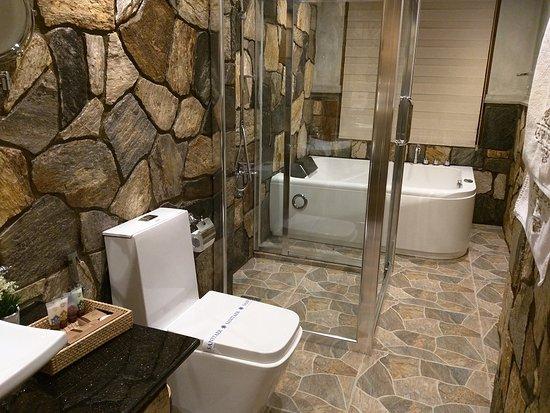 Top End Bathroom Fixtures And Design Picture Of La Grande Villa Nuwara Eliya Tripadvisor
