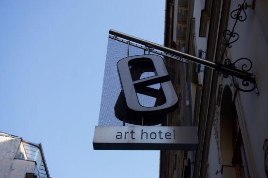 Bohem Art Hotel: Fra utsiden...