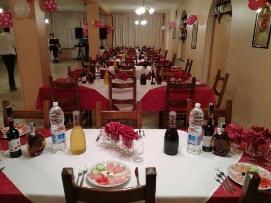 Tornimparte, Italy: Ristorante la capricciosa, hotel Grazia