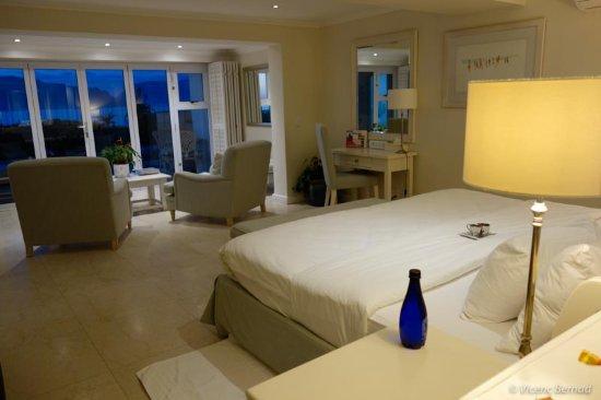 The Last Word Long Beach: Luxury room