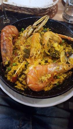 Restaurante bar boca a boca en sevilla con cocina otras cocinas espa olas - Cocina con sara paella ...