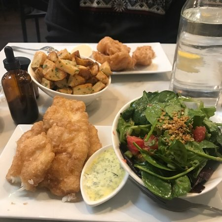 Fiskur bistro by icelandic fish chips for Icelandic fish and chips nyc