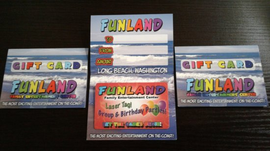 Long Beach, WA: Oh what to get them..............A Funland Gift Card of course! Open 10-10 or later. #FunlandLB