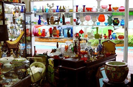 Rotorua Antiques & Collectables