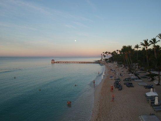 Nice hotel too crowded beach