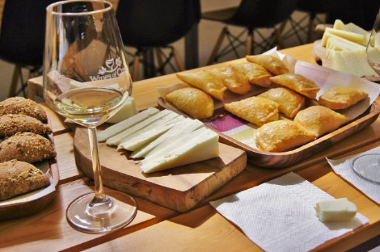 Heraklion, Greece: wine tasting with local products