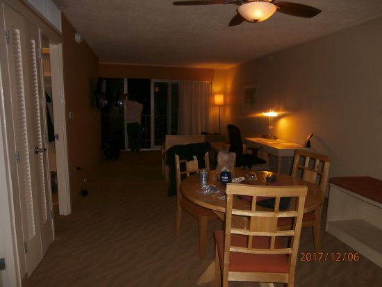 Best Western Plus Condado Palm Inn & Suites Photo